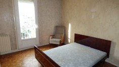 Appartement T4 quartier BOURG-L'EVEQUE